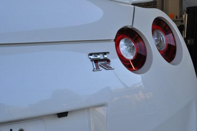 日産 GT-R リアエンブレム
